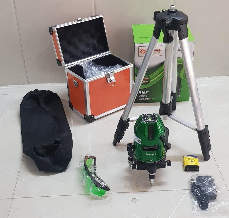 Full box và phụ kiện máy cân bằng laser AKUZA AK-686D